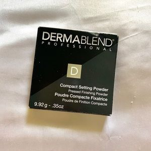 Dermablend compact translucent setting powder